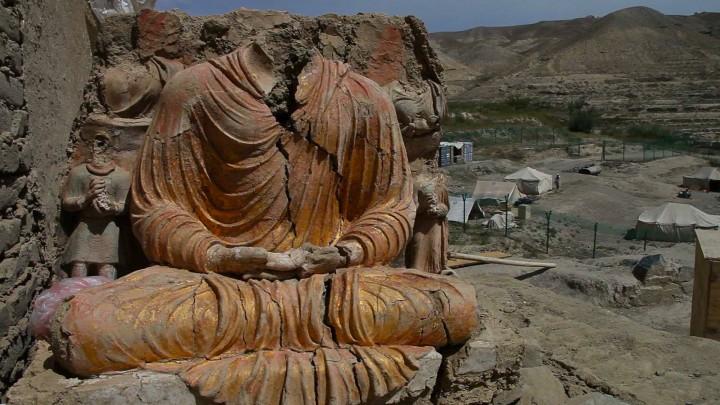 photo-3-huffman_seated_buddha